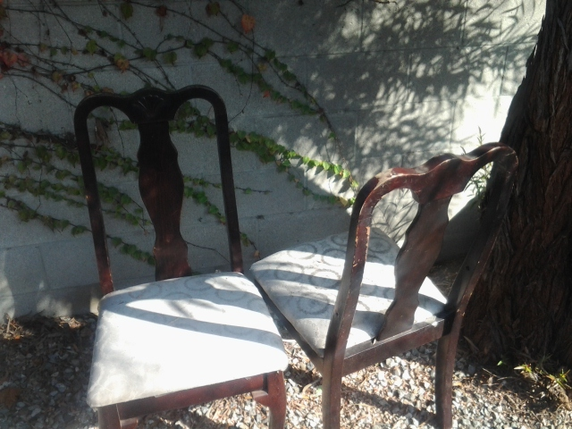 Roadside Finds: Dining Chairs