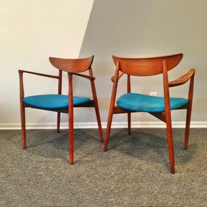 I am absolutely obsessed with these chairs. The lines, the colors, everything. Here's a link to the sale on Fab: http://fab.com/sale/21893/product/405852/