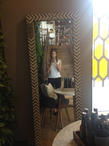 Love this funky mirror!