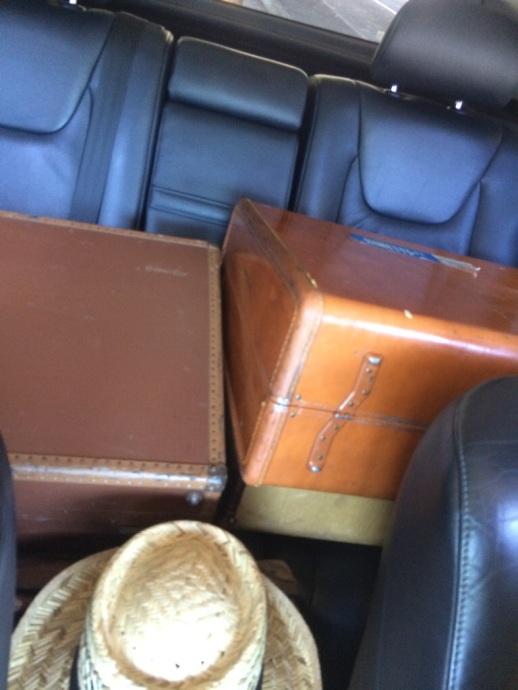 Flea Market Suitcase Haul